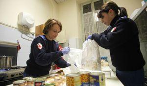 I volontari della Croce Rossa in azione