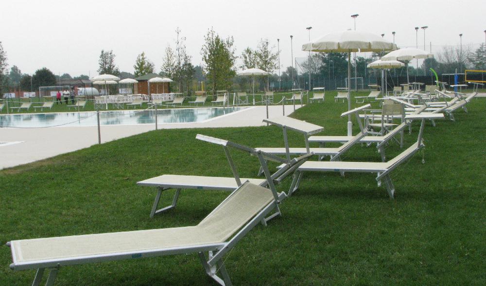 In un clima di festa grande inaugurato il nuovo centro for Centro sportivo le piscine
