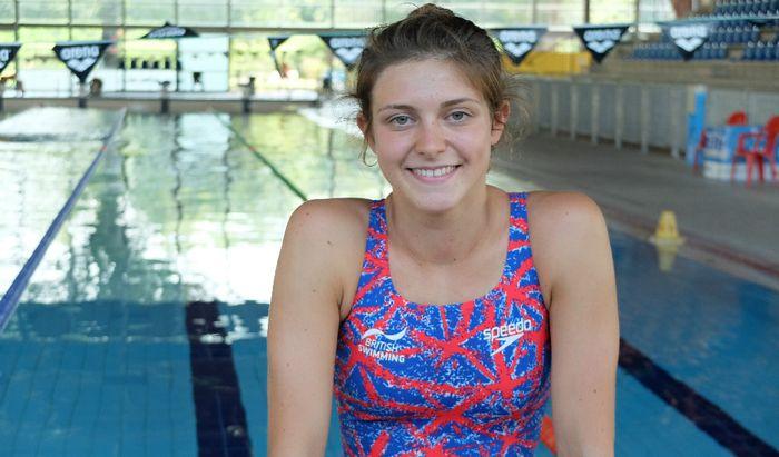 Giulia Verona alla piscina Comunale