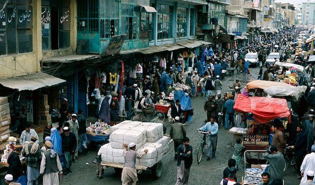 Uno scorciod el mercato di Kabul