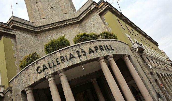 Cremona, Galleria 25 aprile