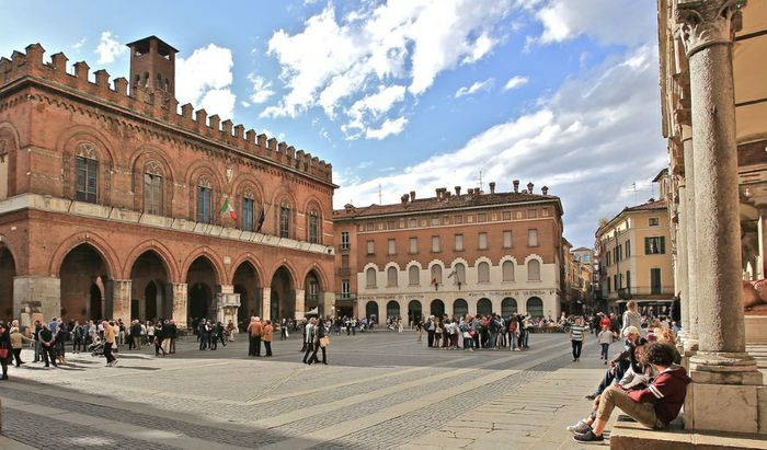 Piazza Duomo a Cremona