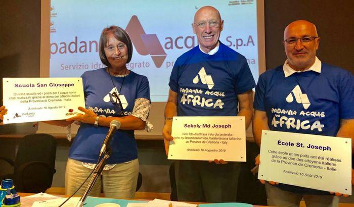 La presidente di S.O.S Africa Maria Carmen Russo, il Presidente Claudio Bodini, l'A.D. Alessandro Lanfranchi