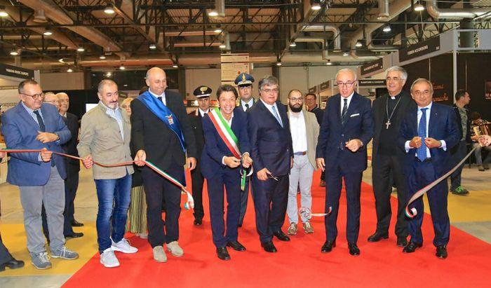 Cremona Mondomusica 2019 - Inaugurazione con il taglio del nastro