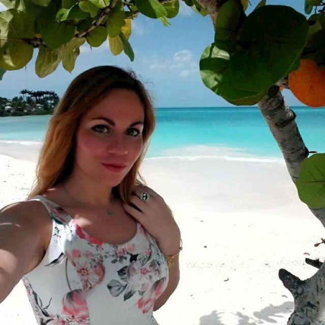 Claudia - Antigua e Barbuda