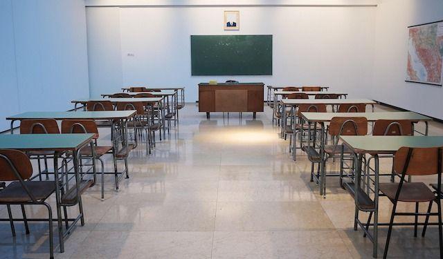 Scuola, classe vuota