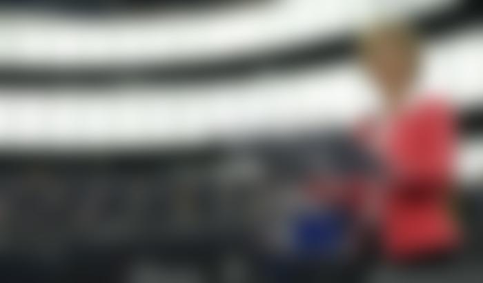 L'11 marzo la presidente della Commissio-ne europea, Ursula von der Leyen, annuncia l'attivazione della clausola di salvaguardia che permette di sospendere il Patto di stabilità