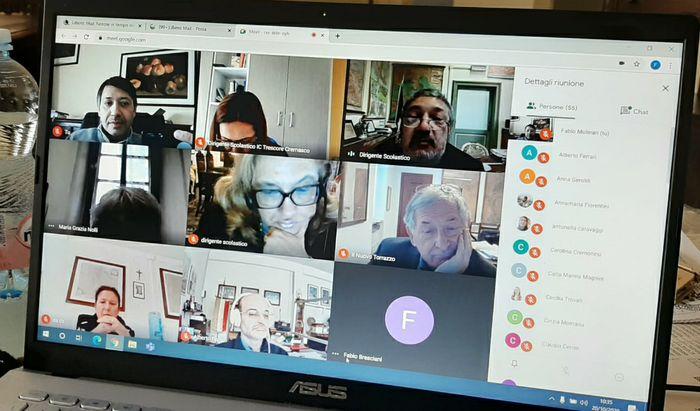 Videoconferenza dirigenti scolastici con il Referente dell'UST