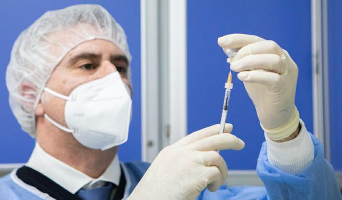 Preparazione vaccino Asst Cremona